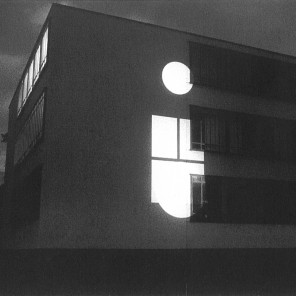 3 Diaprojektoren, je 81 Dias Bauhaus Dessau /DE Foto: Kelly Kellerhoff, Berlin © Archiv Mischa Kuball, Düsseldorf / VG Bild-Kunst, Bonn 2017